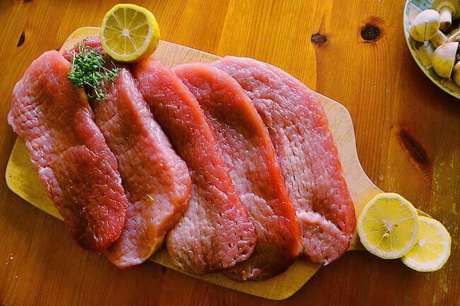 寝る前に痩せる食べ物_豚肉